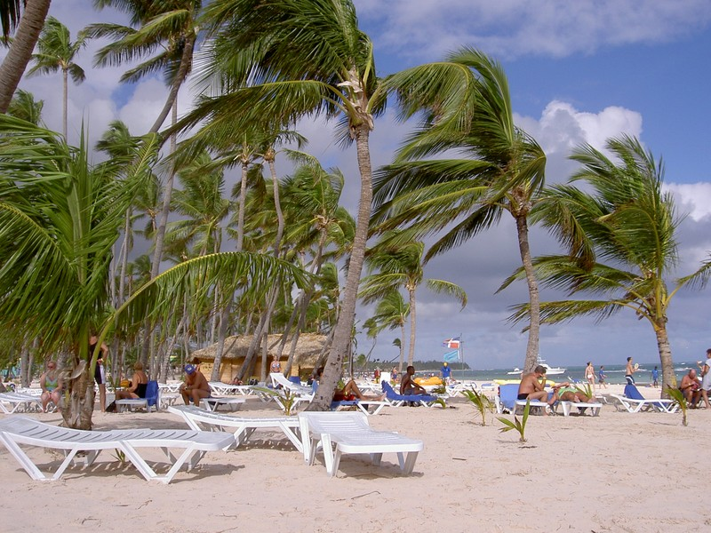plage de bavaro photo de punta cana bavaro l 39 air du temps. Black Bedroom Furniture Sets. Home Design Ideas