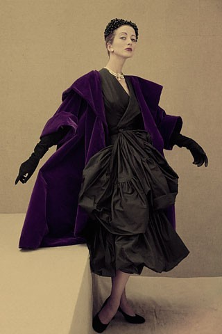 Ensemble de cocktail, Vogue 1951