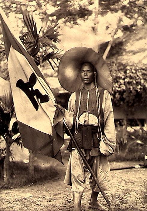 Un soldat régulier chinois