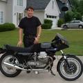 Jorge et la moto Guzzi