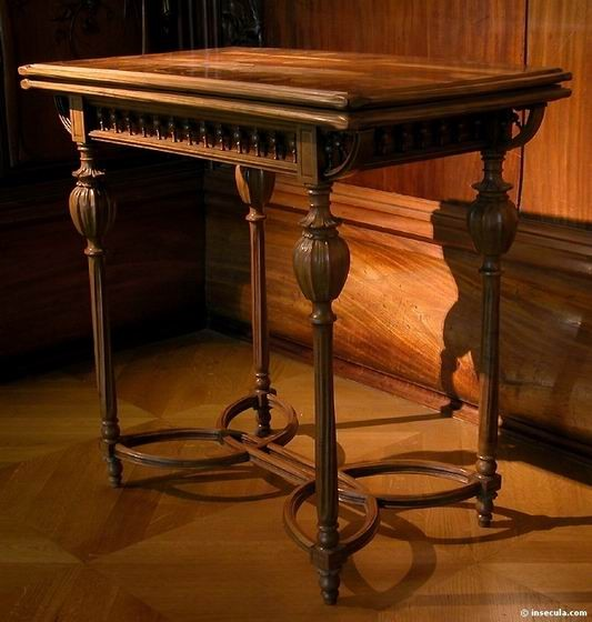Emile Gallé - Table de Jeu 1895