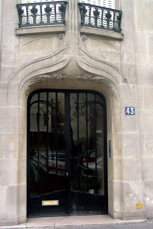Guimard - 43 rue Gros - Porte d'entrée