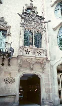 Josep Puig i Cadafalch - Casa Antoni Amatller - 1900 façade