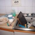 De la vaisselle qui traîne parfois pendant un mois !