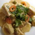 Curry rouge non carné de pommes de terre Aubergines Thaïes
