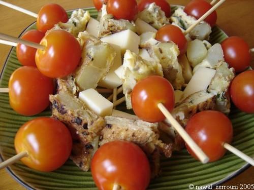 Brochettes_Tomates_cerises_Tortilla_emmental