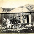 Gaspard avec un groupe des GDA au refuge de l'Alpe du Villar d'Arne