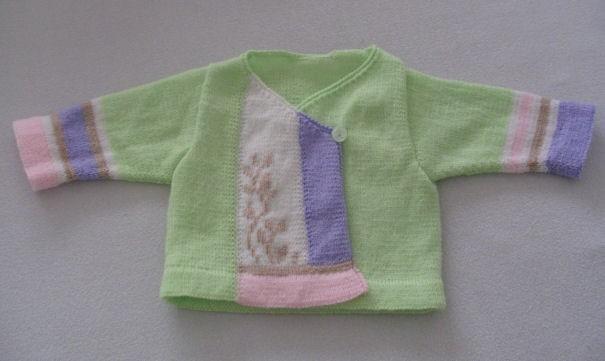 Brassière bébé 6 mois / modèle Phildar