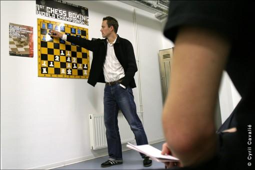 Chessboxing0661