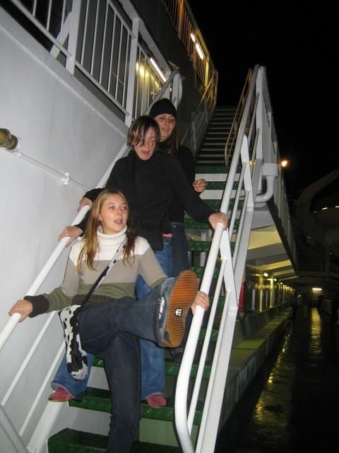 Danse sur le ferry en pleine nuit