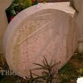 Art funéraire basque (discoïdales avec symboles solaires)