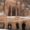 tombeaux à Little Petra