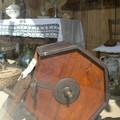 vitrine : premiere machine à laver