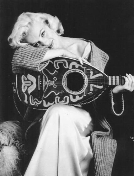 marilyn_met_de_banjo
