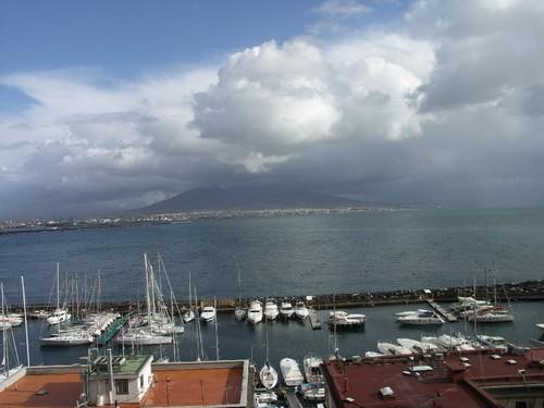 Vesuve et port Naples 2005