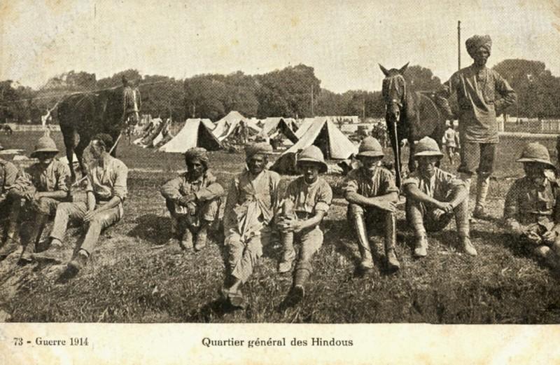 Vue du camp à Marseille, les officiers
