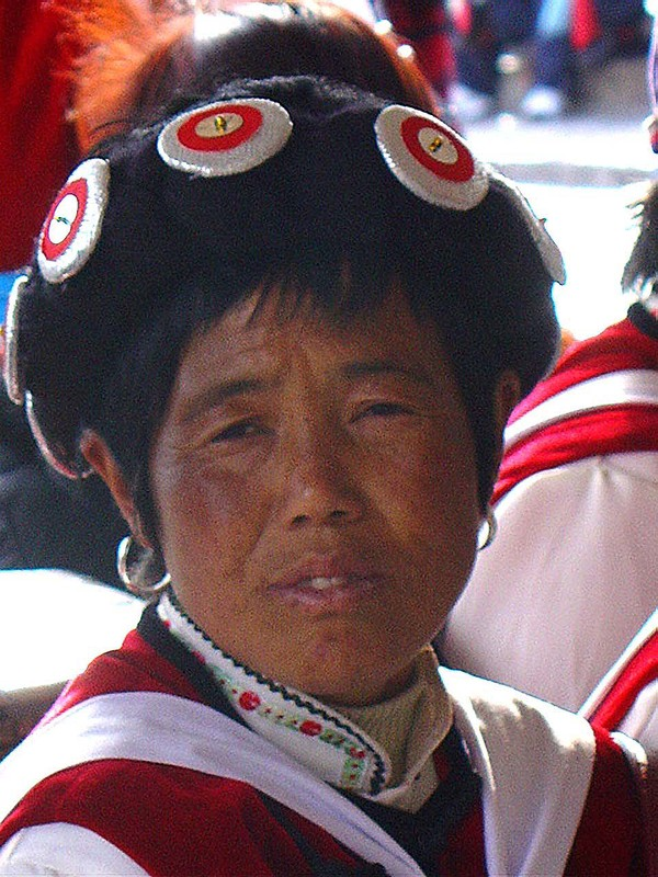 A Naxi woman in Lijiang