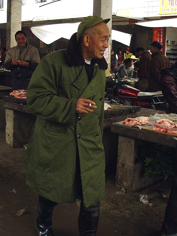 A funny character at Fuli market (close to Yangshuo)