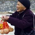 Selling fruits in Yangshuo
