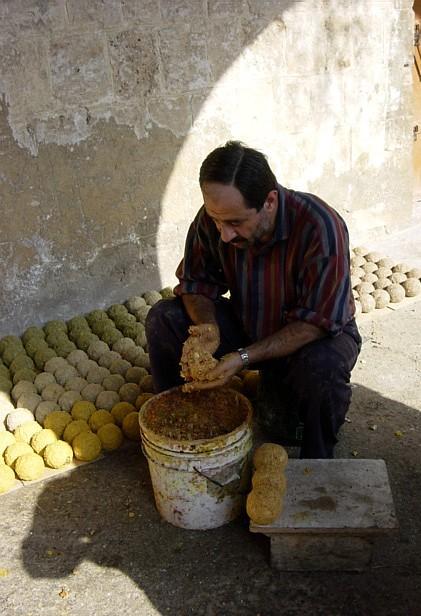 Fabrication de savons, Tripoli
