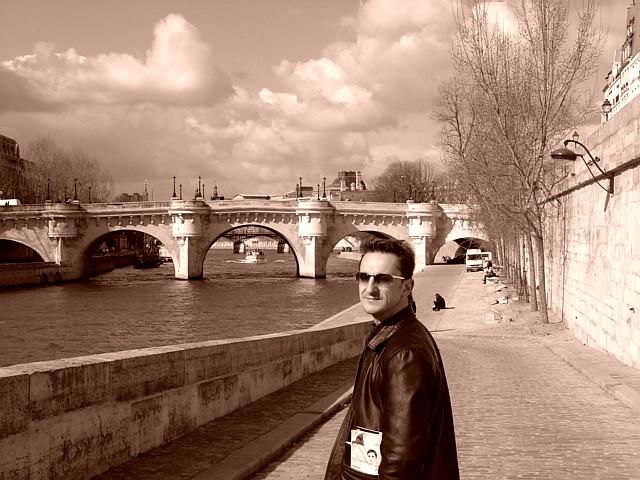 On Seine 's banks