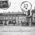 Libourne___Statue_du_Duc_Decazes_Le_Haras_et_le_Carmel