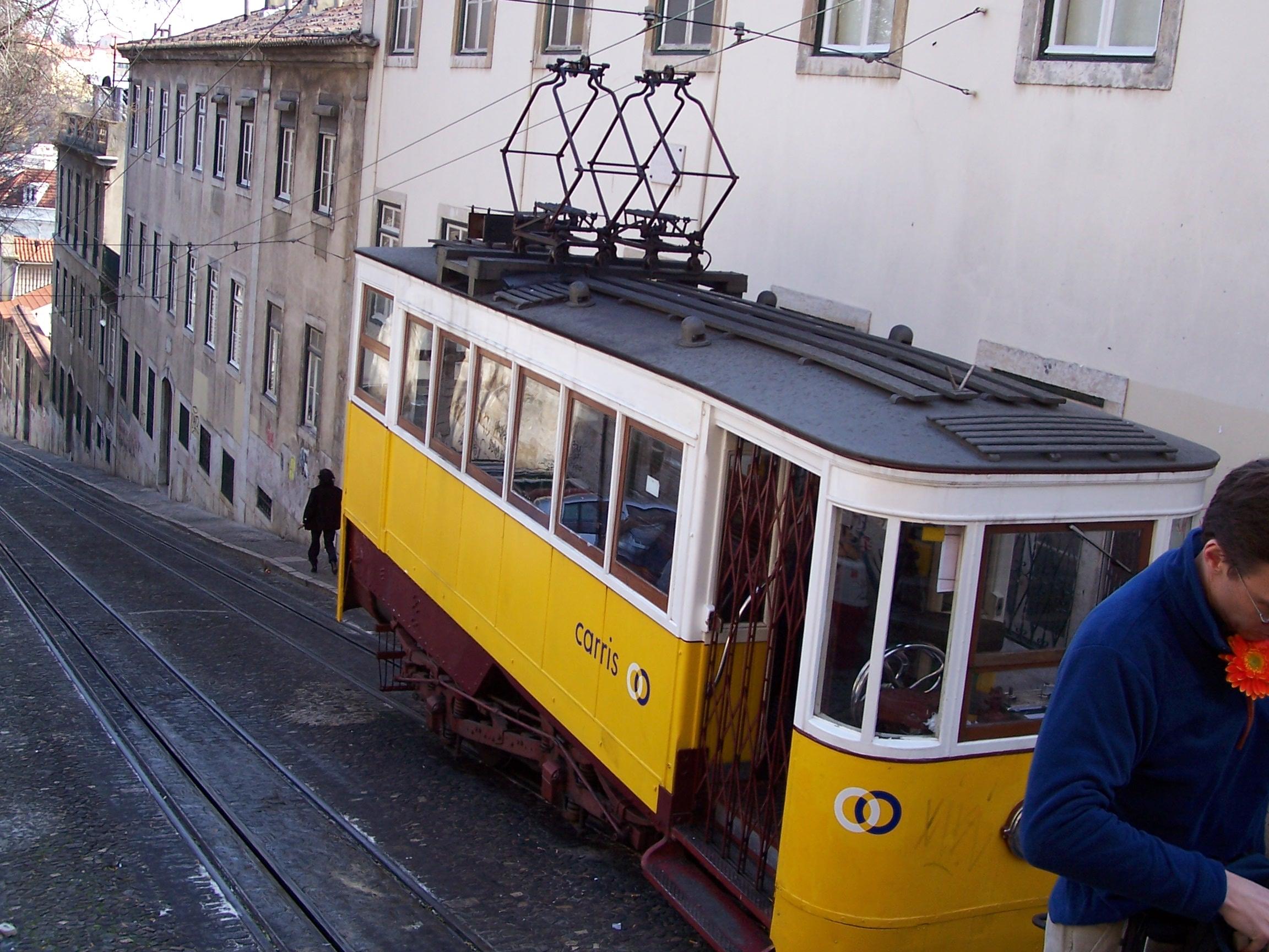 Lisbonne__10_13_Mars_05__008