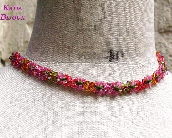 Collier Flora : ruban fleur et toupies de cristal