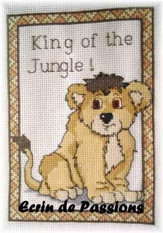 Lion au point de croix