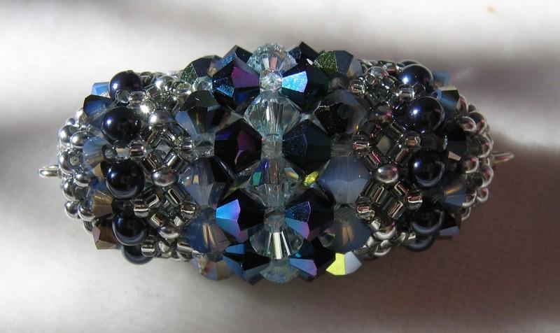 Une perle, très inspirée de Paolo Bottoni