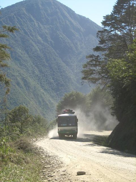Most_dangerous_road__85_