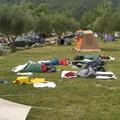 4 originaux au camping, sans tente