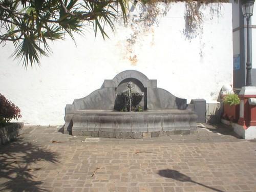 Fontaine / Fuente