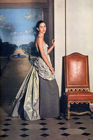 Robe du soir, Vogue 1948