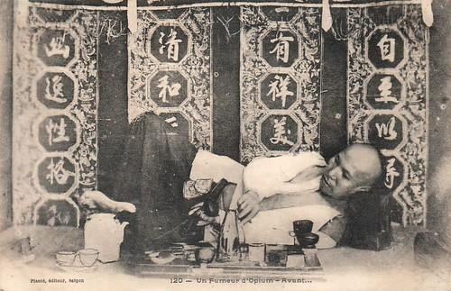 http://alaintruong.canalblog.com/albums/la_cour_imperiale/m-un_fumeur_d_opium_avant.jpg