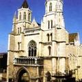 Cathédrale St Bénigne de plus près !!!