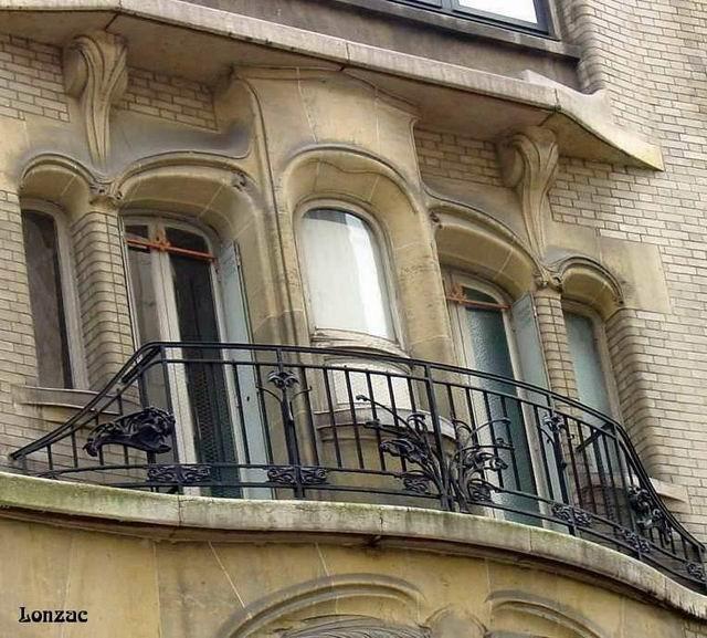 Guimard - 122, rue Mozart - balcon