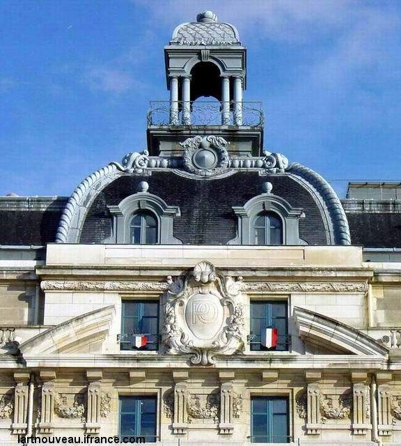 Musée d'Orsay - haut de la façade sud