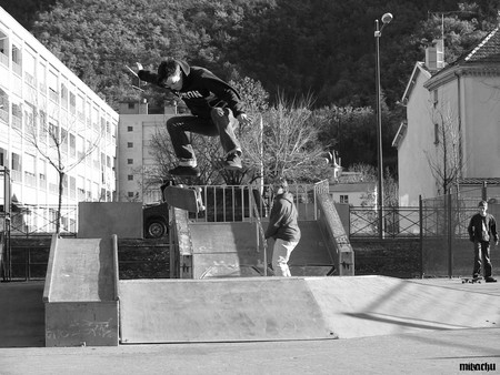 lauris_kickflip