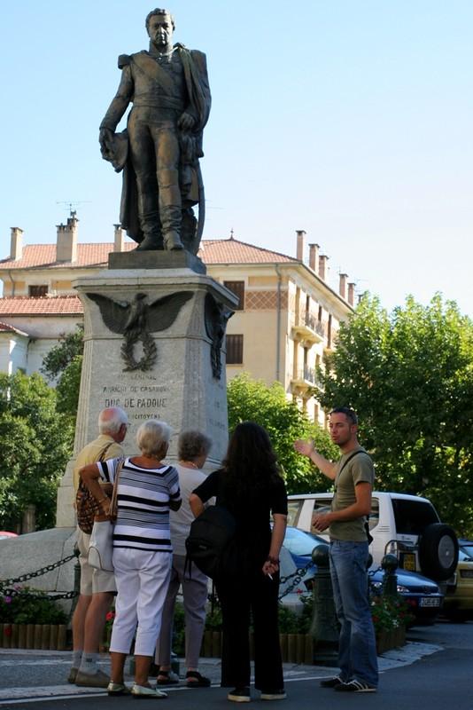 Place Arrighi De Casanova Duc de Padoue. Copyright Olivier GOMEZ