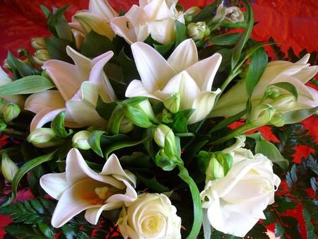 bouquet_blanc_roses_lys