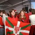 supportrice Biarrote lors de la finale de la H.Cup à Aguillera sur grand ecran