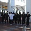 Une chorale devant un centre commercial au Cap !!