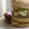 Double_Cheese_Burger_1