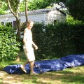 installation de la tente au camping la rivière
