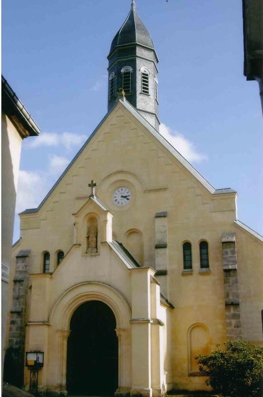 Eglise Saint Chéron de Coulombs