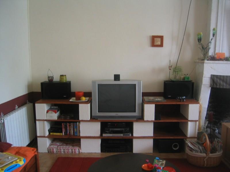 meuble t l fallait pas me faire envie. Black Bedroom Furniture Sets. Home Design Ideas