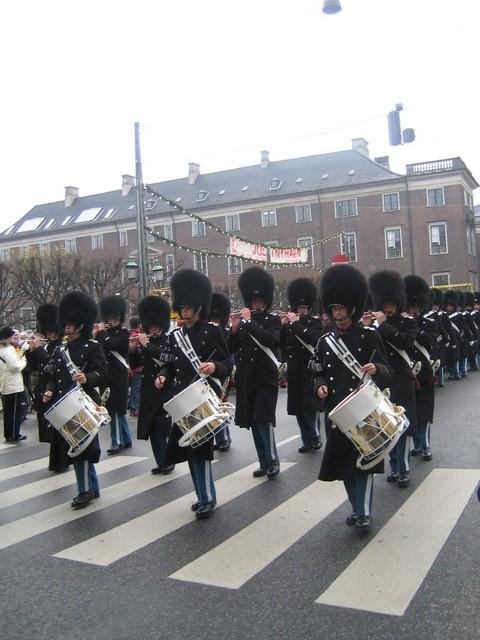 La garde dans les rues de Copenhague