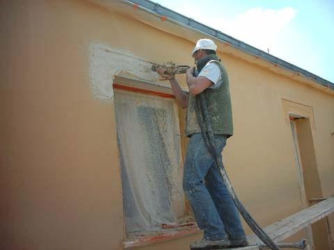 L 39 enduit exterieur construction de notre maison la loge for Enduit crepi exterieur