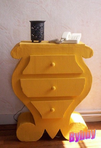 COMMODE A TIROIRS